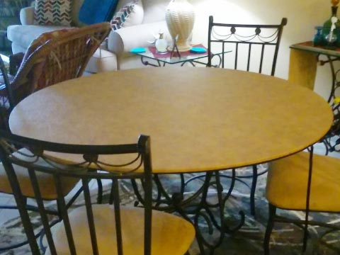 Round table extender pad