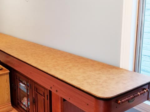Shuffleboard table extender cover pad