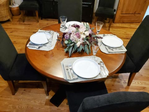 Photo: table with 4 seats before extending