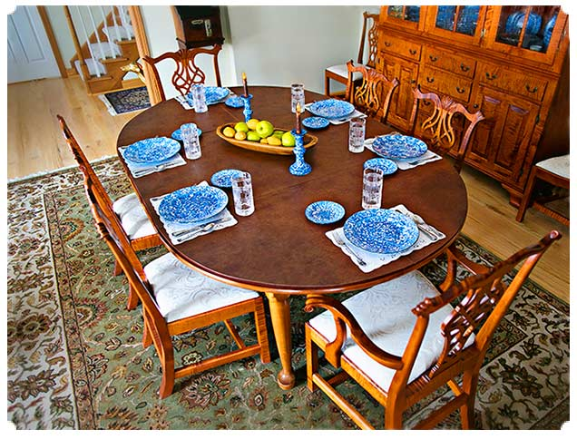 Slideshow: custom Table Extender Pad to add seating